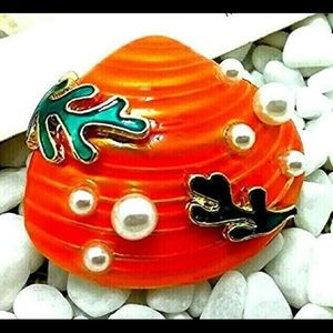 Seashell Coral Reef Pearl Shell Vintage Brooch